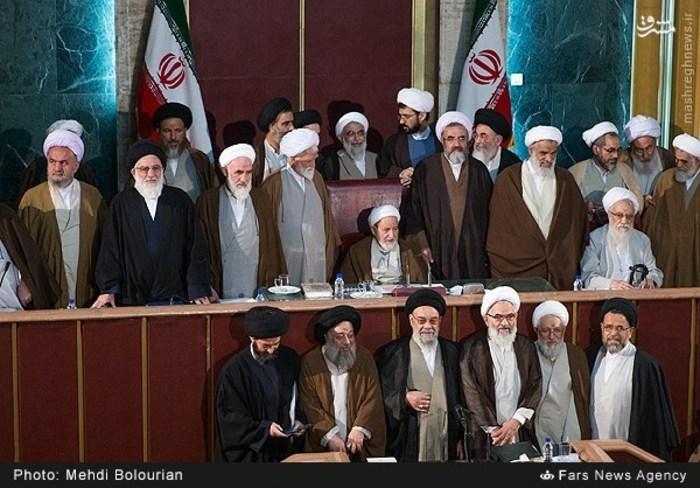 عکس یادگاری اعضای مجلس خبرگان چهارم