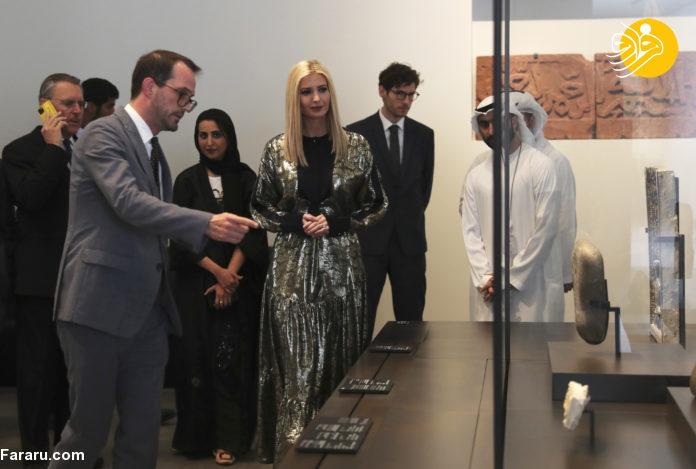 (تصاویر) ایوانکا ترامپ با حجاب و پای برهنه در مسجد شیخ زاید